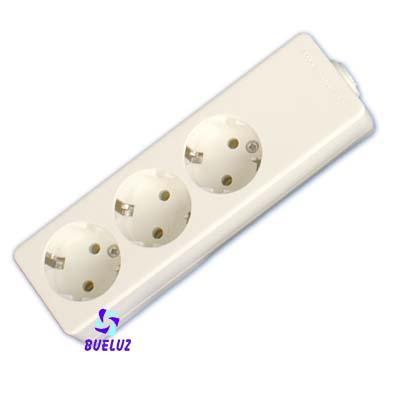 Base multiple 3-T  T/T  sin cable (BLISTER DURO)  - Base multiple 3-Tomas sin interruptor y sin cable, maximo 3500 watios 10/16 Amp 250V. Con proteccion para niños. Envasada en BLISTER DURO.
