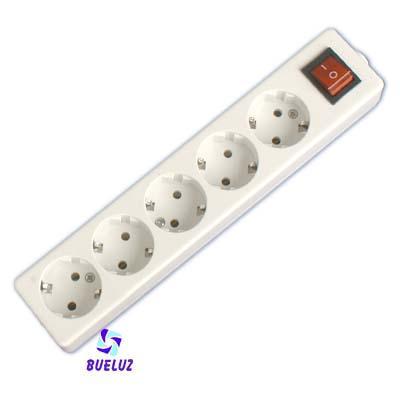 Base multiple 5-T  T/T sin cable c/interruptor (BLISTER DURO) - Base multiple 5-Tomas con interruptor y sin cable, maximo 3500 watios 10/16 Amp 250V. Con proteccion para niños.Envasada en BLISTER DURO.