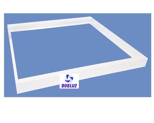 Set blanco montaje en superficie pantalla LED 60 x 60